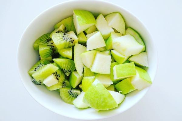 receta de batido con kiwi y manzanas